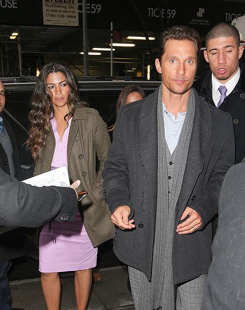 Matthew McConaughey, Camila Alves, Míralos
