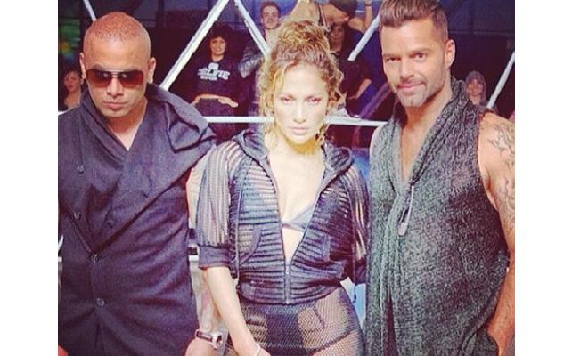 Jennifer López, Ricky Martin, Wisin, Adrenalina, Video