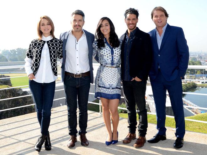 Claudia Ramírez, Moisés Arizmendi, Ariadne Díaz, Erick Elías, René Strickler