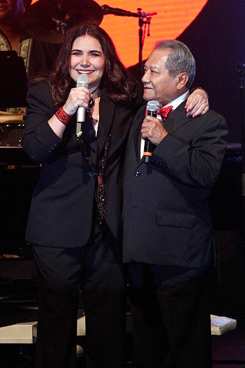 Armando Manzanero, Tania Libertad, Míralos