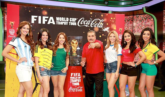 Aleyda Ortiz, Alina Roberts, Aly Villegas, Josephine Ochoa, Nabila Tapia, María Elena Anaya, Fernando Fiore, Míralos