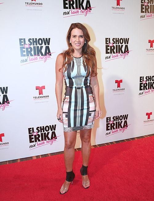 Erika de la Vega, Míralos