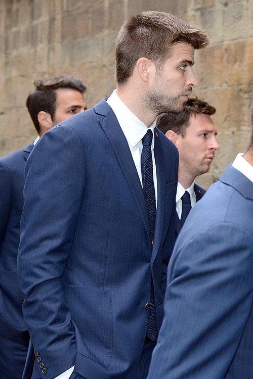 Gerard Piqué, Leo Messi, Míralos