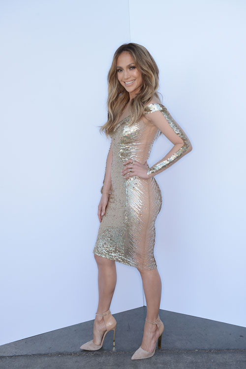 JLO'S LOOKBOOK