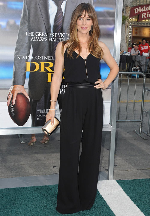 JENNIFER GARNER, jumpsuit