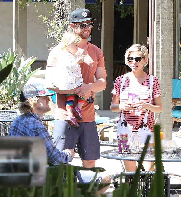 Chris Hemsworth, Elsa Pataky, India Rose, Owen Wilson, Míralos
