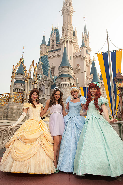 Sherlyn , Dricela Tremaine, Anastasia Tremaine, Disney