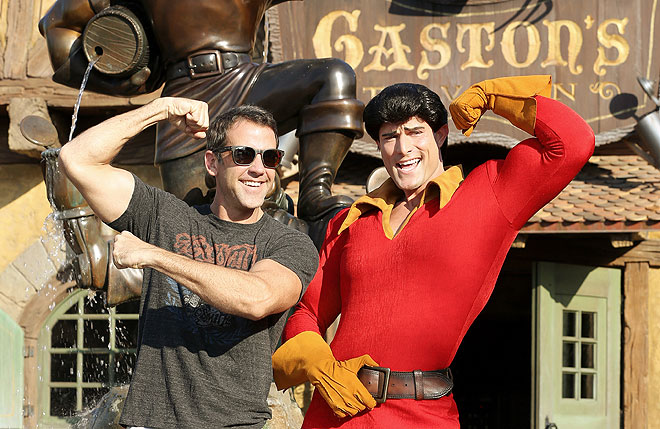 Carlos Ponce, Gaston, Disney