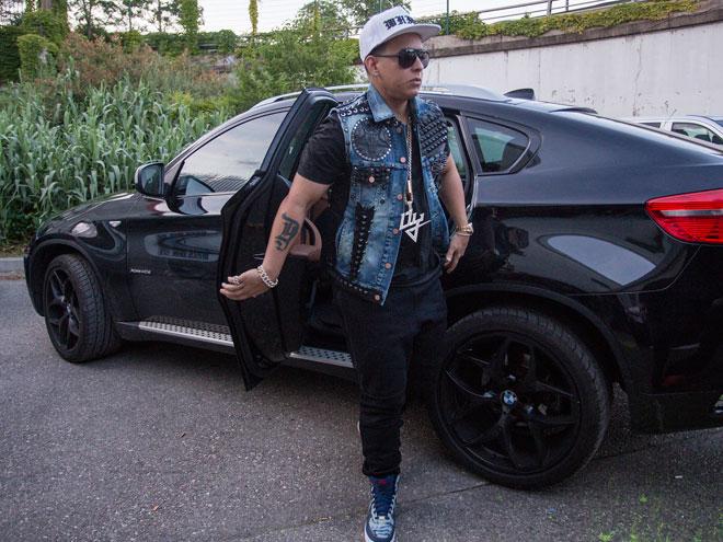 Daddy Yankee, Míralos