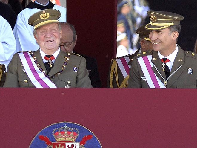 El rey Juan Carlos y el príncipe Felipe