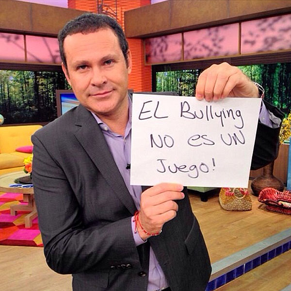 Alan Tacher, bullying
