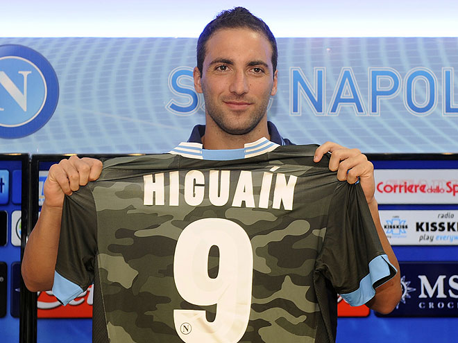 guapos fútbol, Gonzalo Higuaín