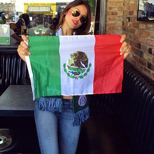EIZA GONZÁLEZ, Famosos con el Mundial Brasil 2014