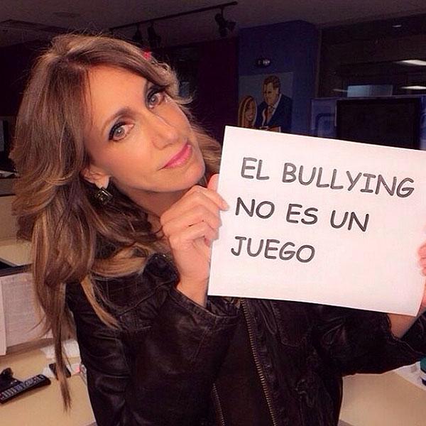 LILI ESTEFAN, bullying