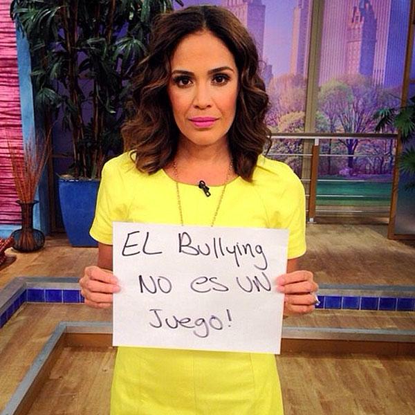 Karla Martínez, bullying