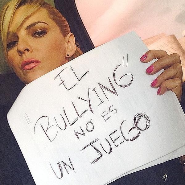 Marjorie de Sousa, bullying