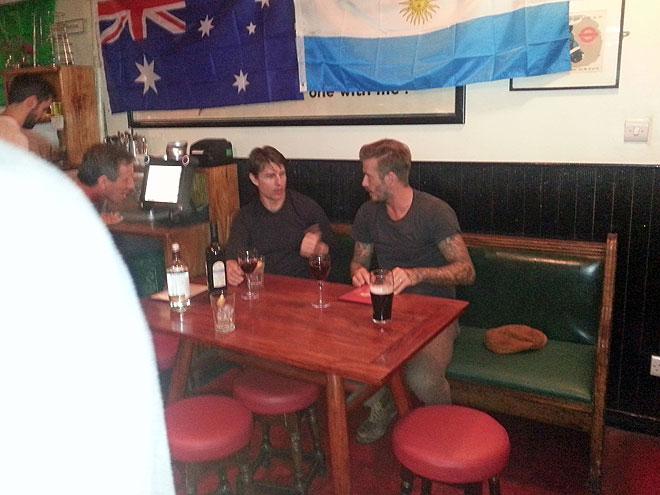 Tom Cruise, David Beckham, Míralos
