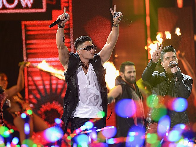 Chino y Nacho, Premios Juventud