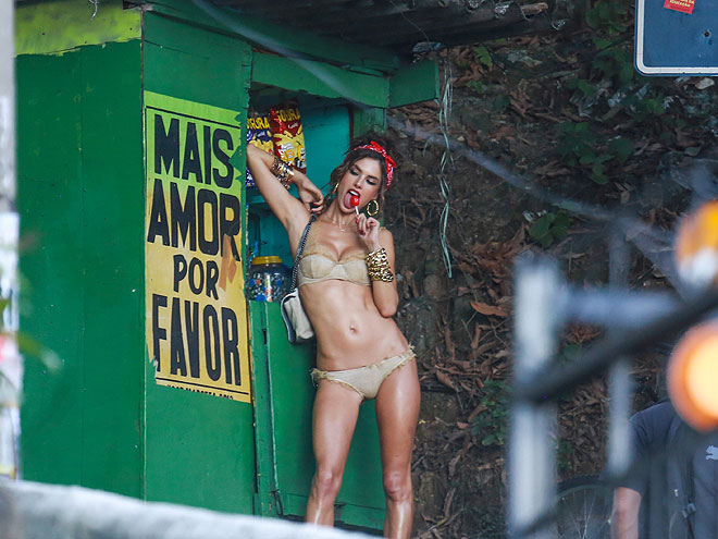 Alessandra Ambrosio, Míralos