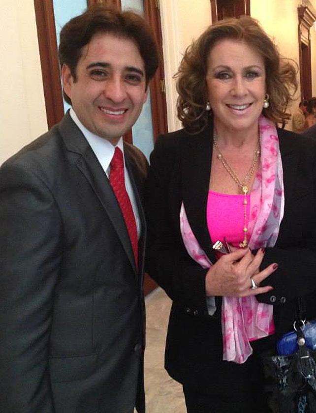 Laura Zapata, Iván Cochegrus
