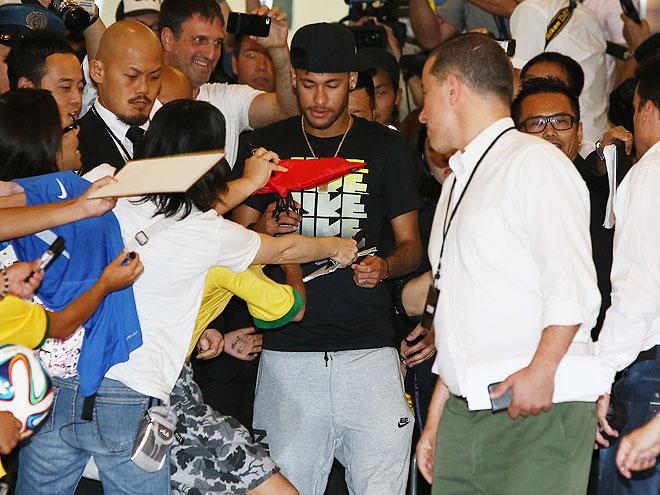 Neymar, Míralos