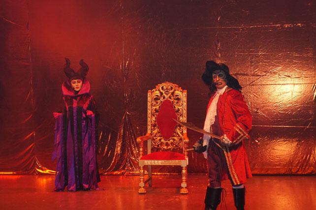 Escena de la obra Princesas y villanos, el musical