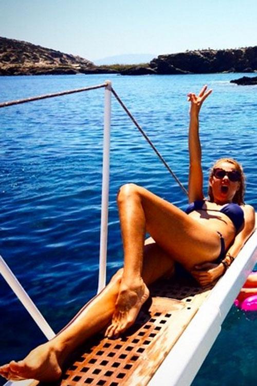 PAULINA RUBIO, bikini
