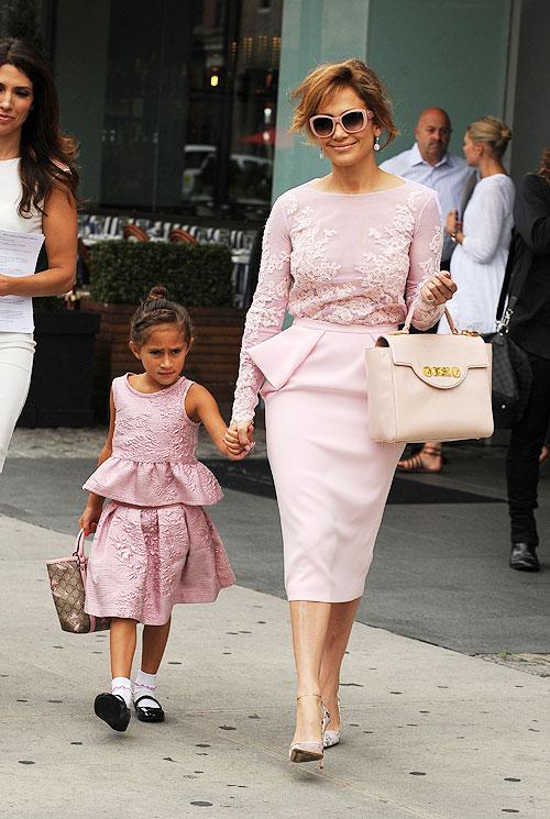 Niños que visten como sus padres, Jennifer López, Emme