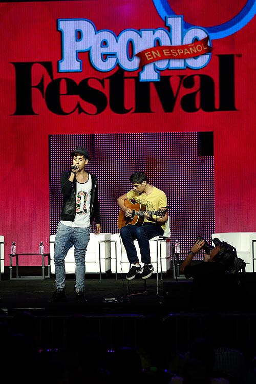 MATT HUNTER CORREA Festival People 2014