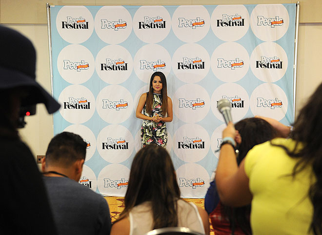Becky G, Festival People 2014