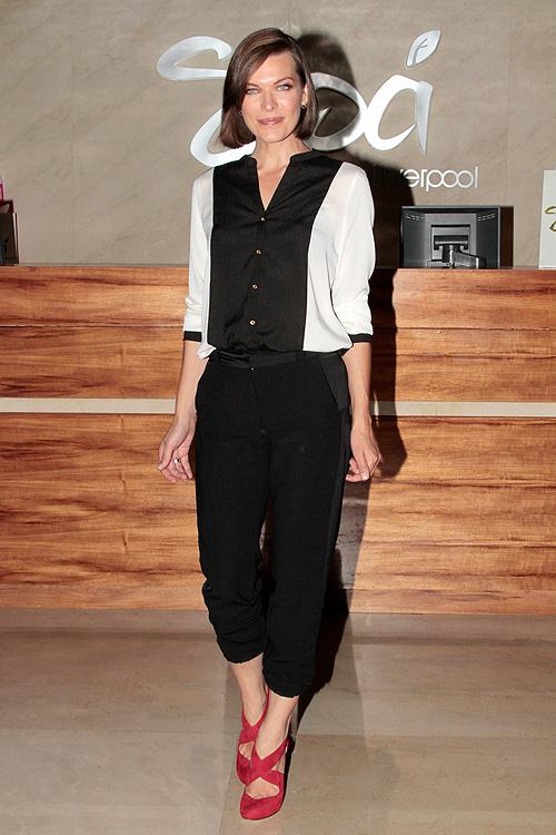 Milla Jovovich, tienda Liverpool México, Look del día
