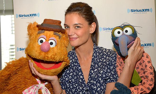 Katie Holmes, muppets, Míralos