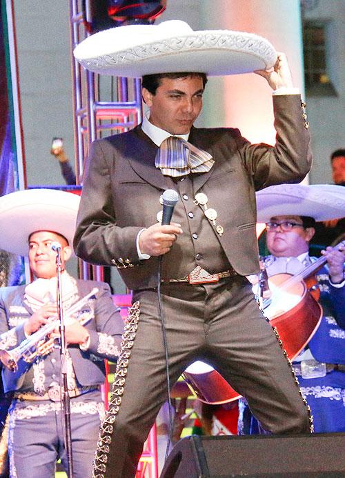 Cristian Castro, Míralos