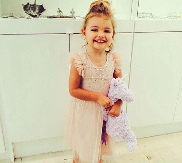 Elena, Jaime Camil, bebes en instagram