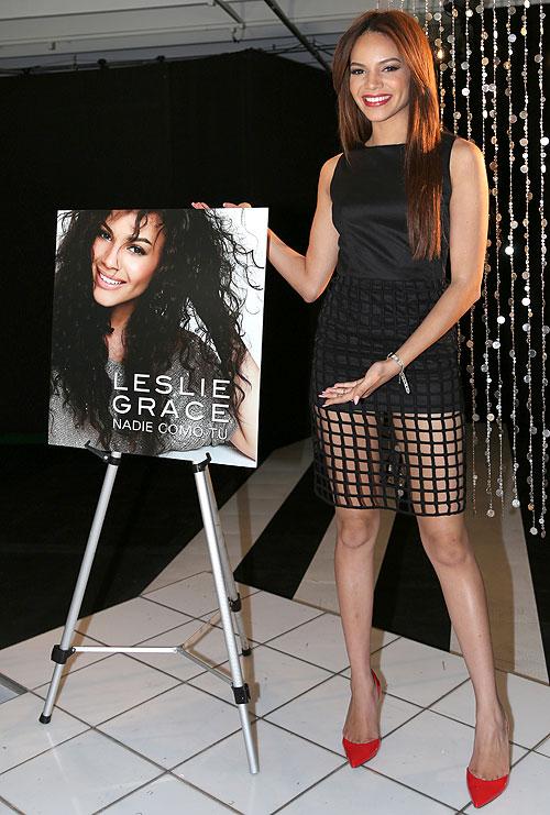 Leslie Grace, Míralos