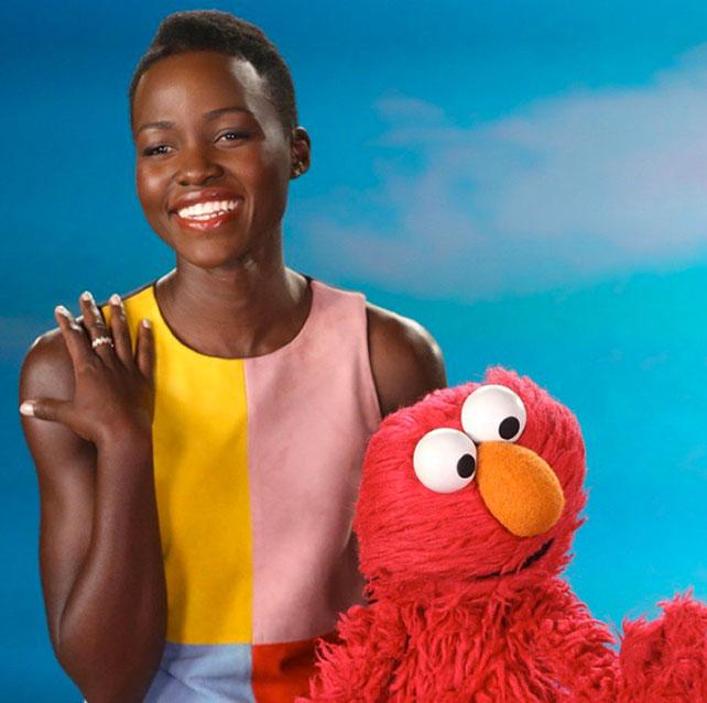 Lupita Nyong'o y Elmo para articulo