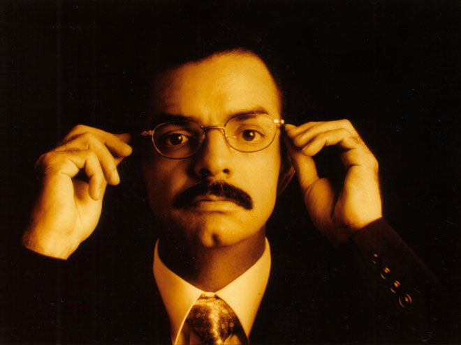 Eugenio Derbez, TBT