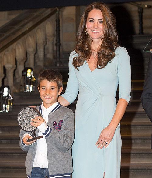 Carlos Pérez Naval, Kate Middleton, Míralos