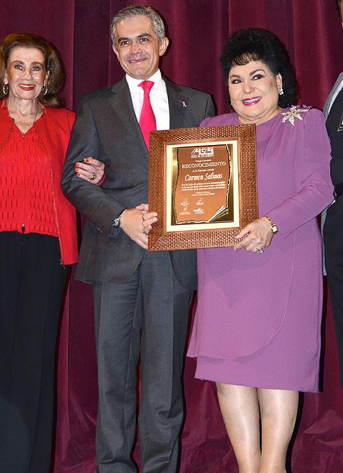 Carmen Salinas, Miguel Ángel Mancera, Míralos