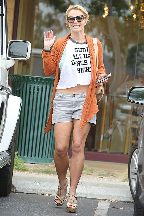 Britney Spears, Míralos