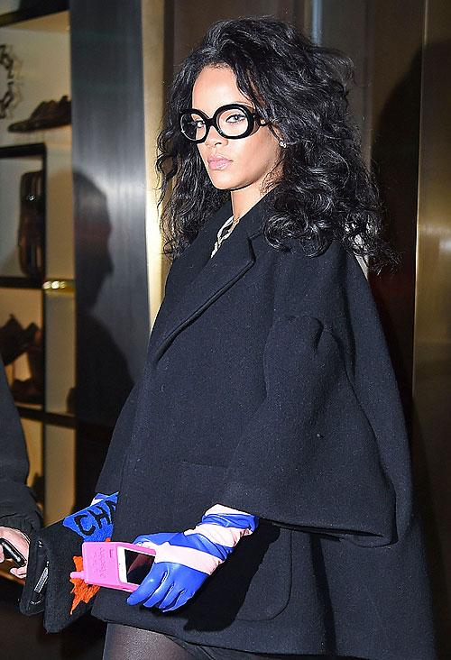 Rihanna, Míralos