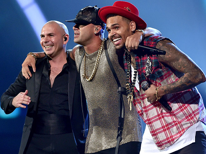 Pitbull, Wisin, Chris Brown, Latin Grammy 2014