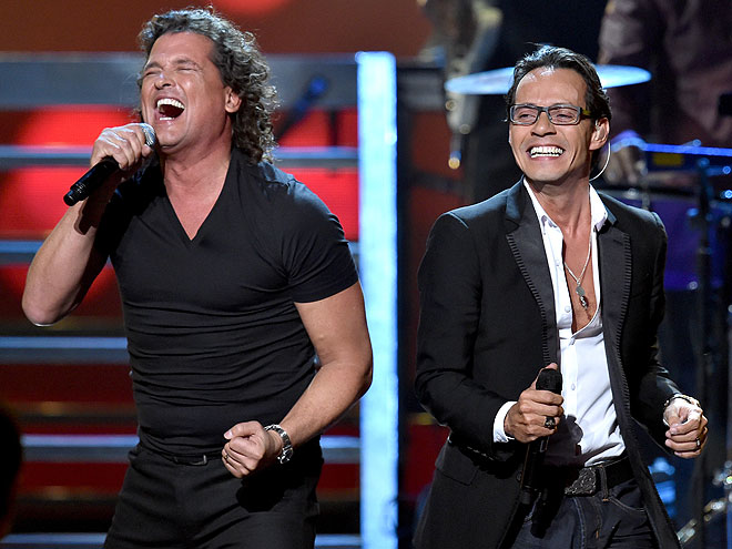 Carlos Vives, Marc Anthony, Míralos