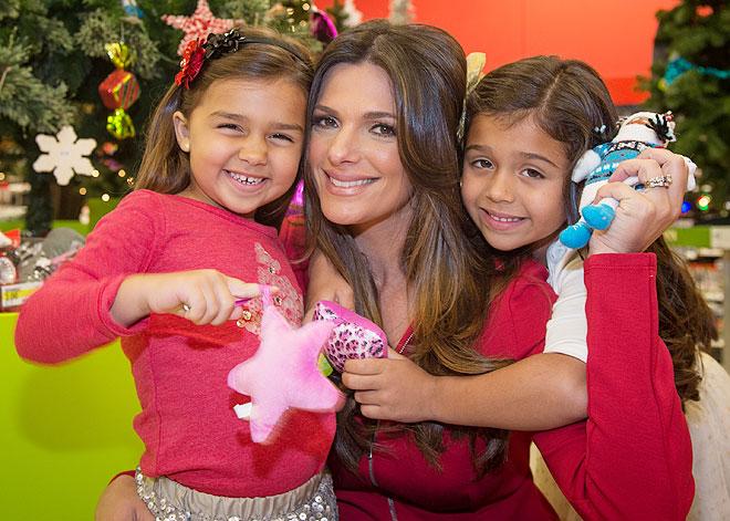 Bárbara Bermudo, Mía, Camila, Míralos