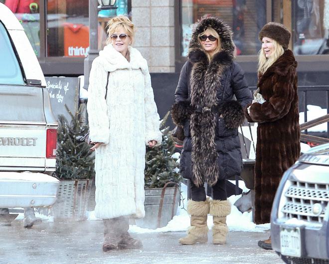 Míralos, Melanie Griffith y Goldie Hawn