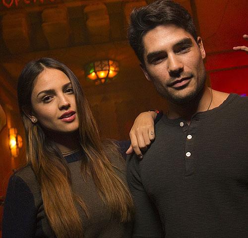 EIZA GONZÁLEZ Y DJ COTRONA