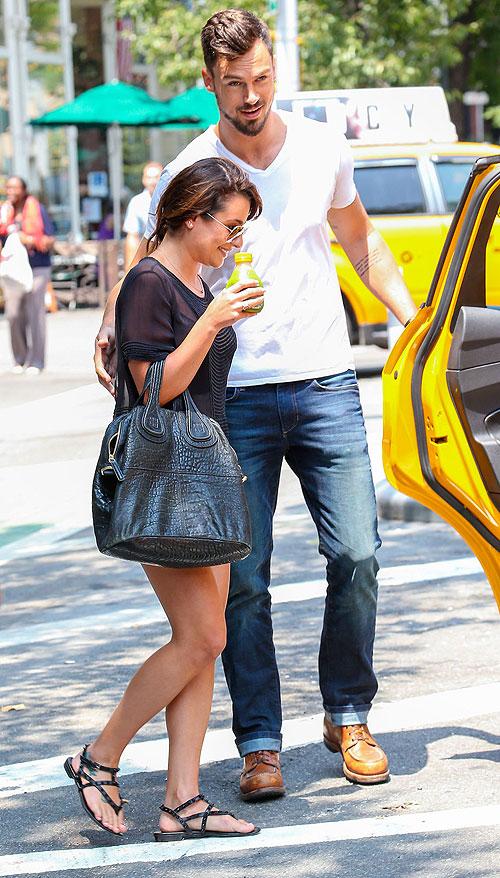 Lea Michele, Matthew Paetz, Míralos