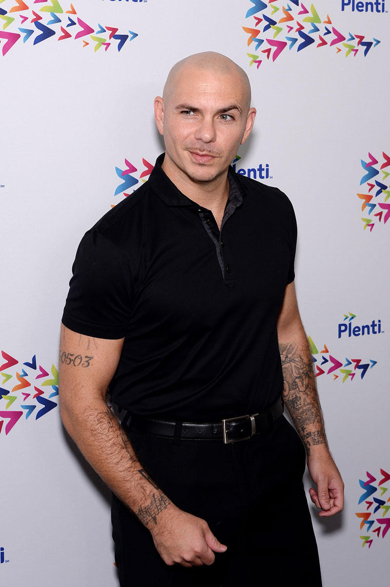 Latinos TV, Pitbull