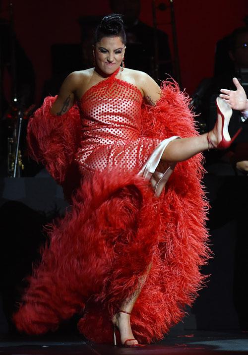 Miralos, Lady Gaga