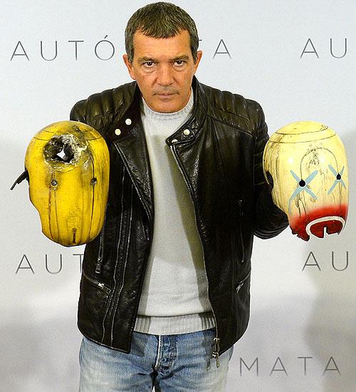 Antonio Banderas, Míralos